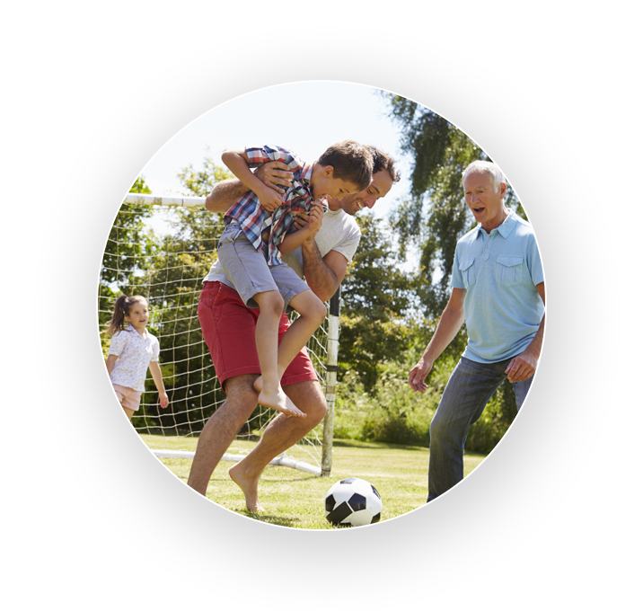 wealthy family play football together